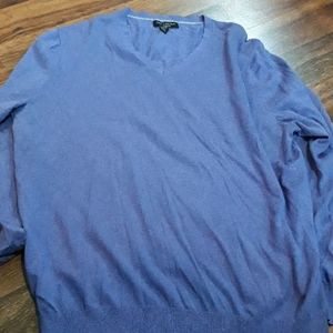 Banana Republic purple vneck sweater Size XL